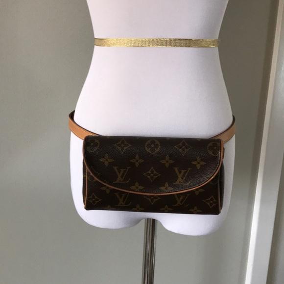 c93fab58baca Louis Vuitton Handbags - Louis Vuitton waist bag! LV Fanny pack pochette!